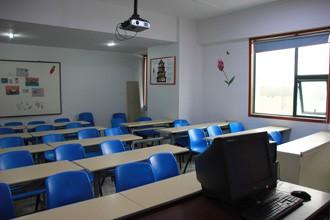 郑州冯特职业合乐彩票app学校教室