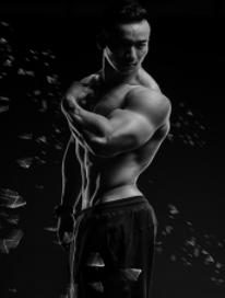 567GO健身学院代言人-郑少忠