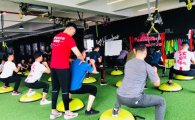 杭州567go健身教练betway体育app学校-学生上课