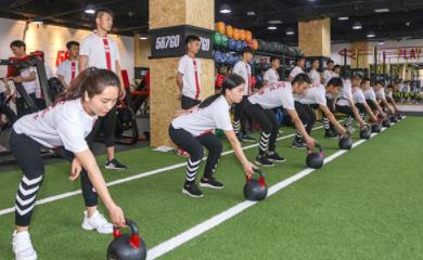 天津567go健身教练betway体育app学校-学生上课