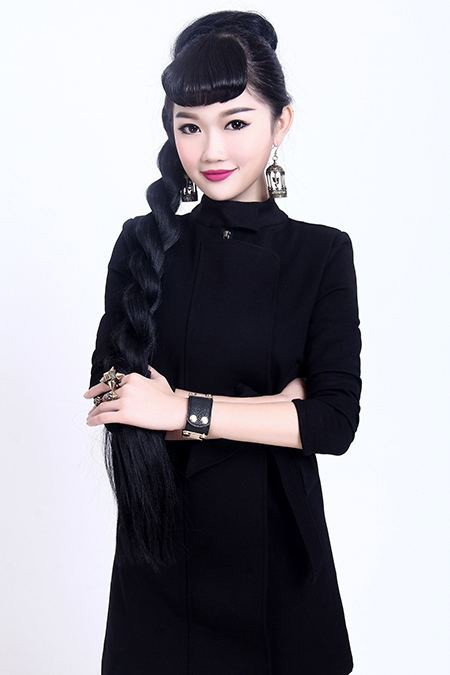 长沙首脑化妆万博网页版登录学校-化妆讲师刘桃红
