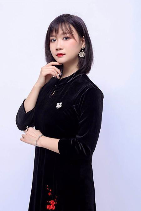 长沙首脑美甲betway体育app学校-美甲讲师张翠媚