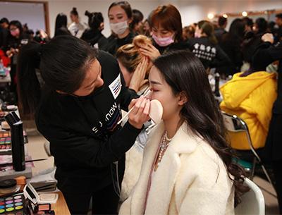 长沙首脑美容美发化妆学校
